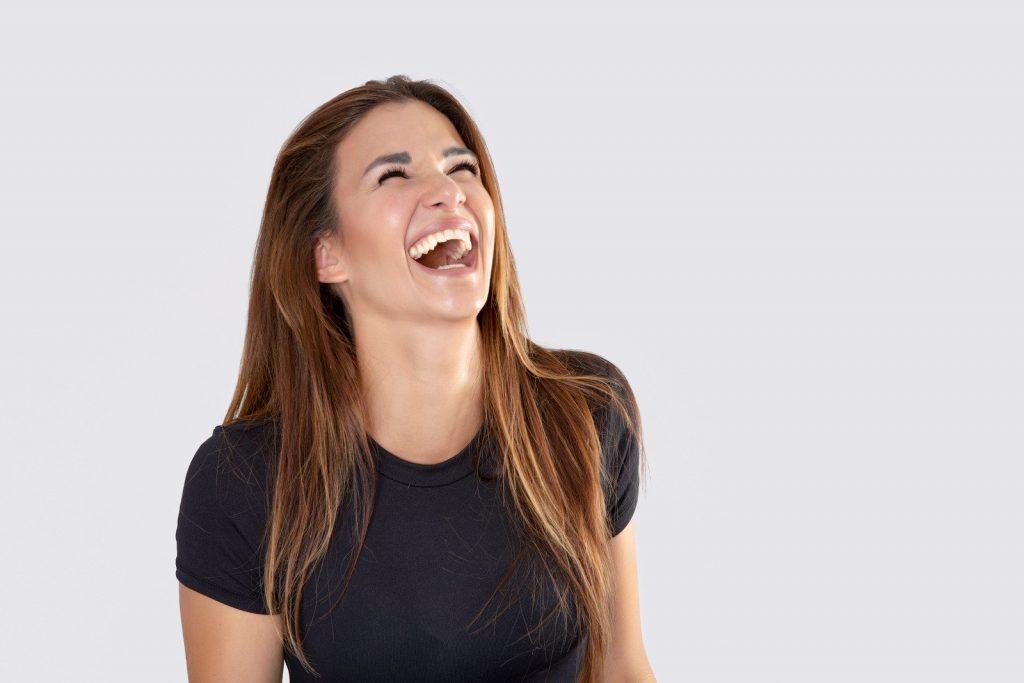 smeh – kako vpliva na zdravje – blog – Ortodent